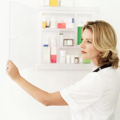 Painkiller overdoses spike among women
