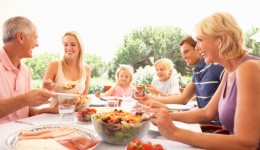 Avoid these unwanted guests at your next summer picnic