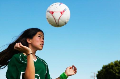 Girls tend to ignore concussion symptoms