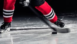 Former Blackhawks player diagnosed with debilitating disease